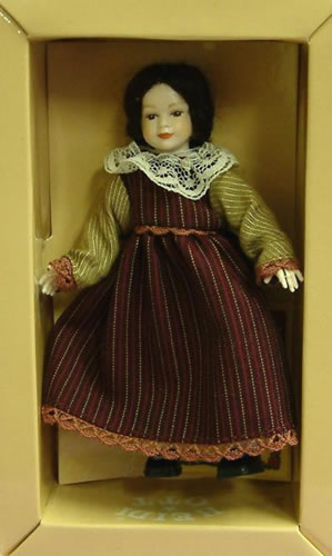 Heidi Ott Dolls House Doll, Young Girl in maroon dress (XC015)