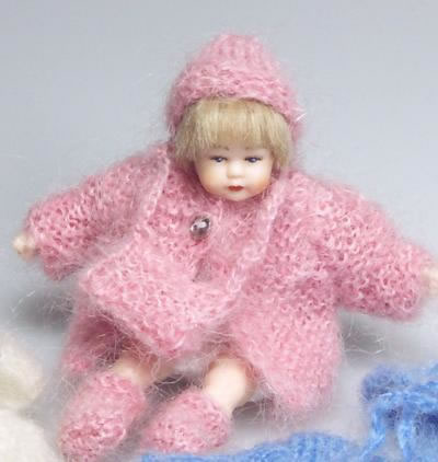 Pink Toddler Outfit, Dolls House Miniature (XZ875)