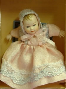 Heidi Ott Dolls House Doll, Baby Girl (Pink/White) (XB008)