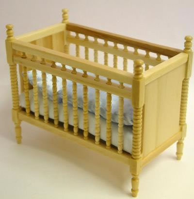 Pine Baby Bed/Crib, Dolls House Miniature (XY105P)