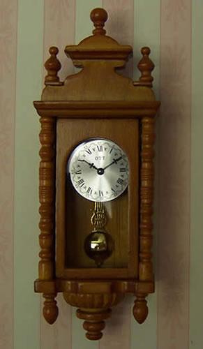 Cherry Working Wall Clock, Dolls House Miniature (XY402C)