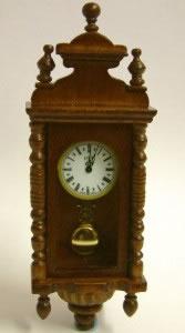 Walnut Working Wall Clock, Dolls House Miniature (XY402W)