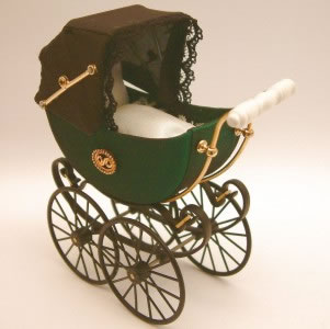 Antique Pram in Green, Dolls House Miniature (XZ105)