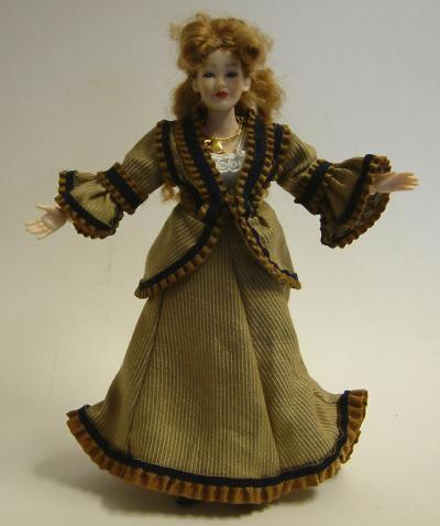Heidi Ott Dolls House Doll, Lady in Outdoor Suit (X050)