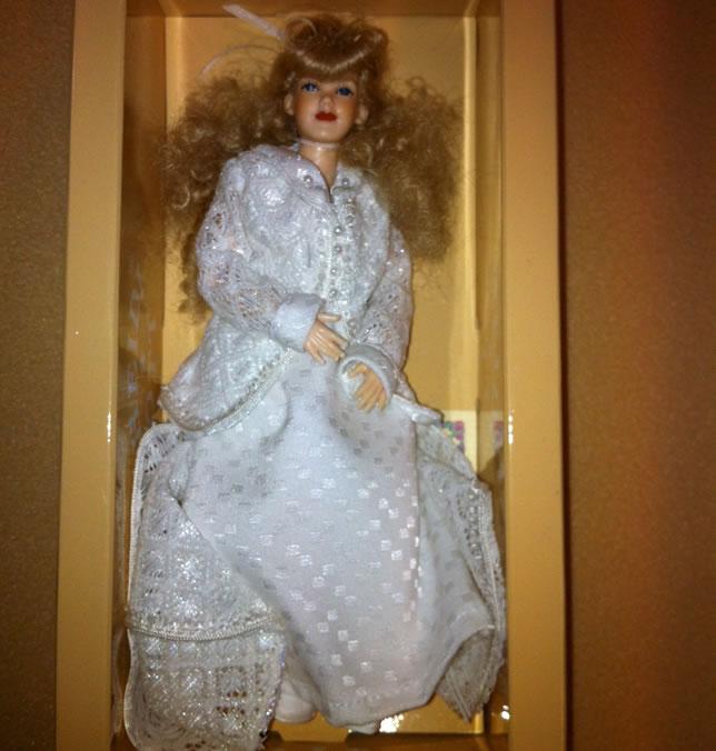 Heidi Ott Lady Doll in a wedding dress (X101)