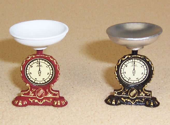 Dolls House Scales (set of 2), Dolls House Miniature (XZ264)