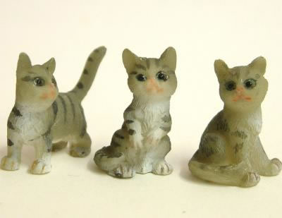 Dolls House Miniature Grey Tabby Kittens x3 (XZ566)