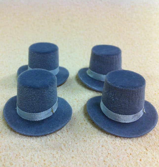 Set of 4 Dolls House dolls Grey Top Hats to fit Heidi Ott adults. (XZ781G)