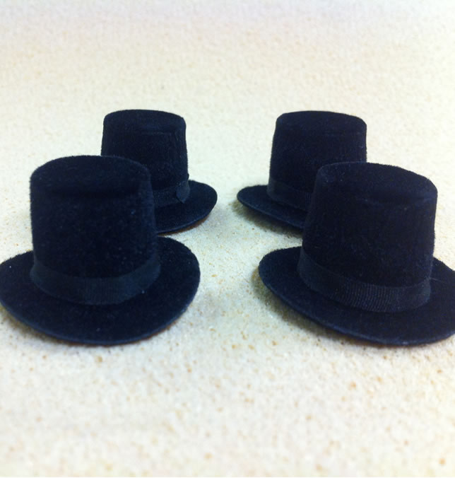 Set of 4 Dolls House dolls Black Top Hats to fit Heidi Ott adults. (XZ781S)