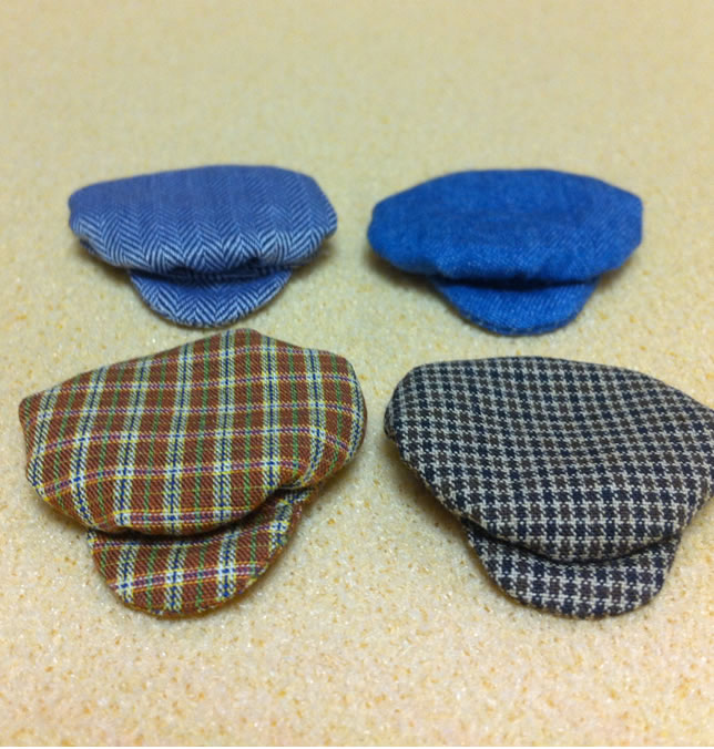 Set of 4 Dollhouse Dolls Caps for Adult Dolls (XZ786)
