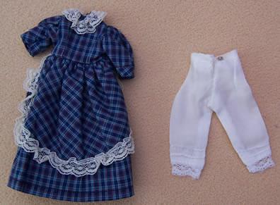 Ladies Blue dress, Dolls House Miniature (XZ963)