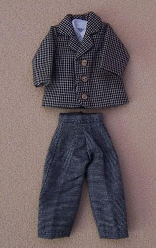 Mans Suit, Dolls House Miniature (XZ964)