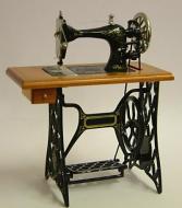Dolls House Miniature Cherry Treadle Sewing Machine (XY201C)