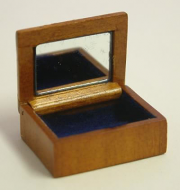 Dolls House Miniature Small Cherry Jewellery Box (XY601C)