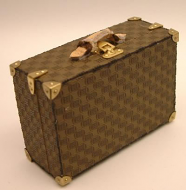 Dolls House Miniature Suitcase (XZ003)
