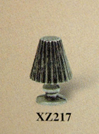 Dolls House Miniature Pewter Lamp (XZ217)