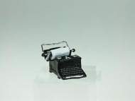 Dolls House Typewriter, Dolls House Miniature (XZ275)