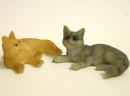 Dolls House Miniature Cats x2 (XZ560)