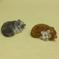 Dolls House Miniature Set of 2 Cats (XZ578)