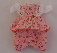 Peachy Toddler Outfit, Dolls House Miniature (XZ879)