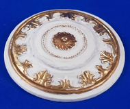 Resin Dolls House Ceiling Rose (Gilt Painted) (YCK910G)