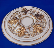 Resin Dolls House Ceiling Rose (Gilt Painted) (YCK923G)